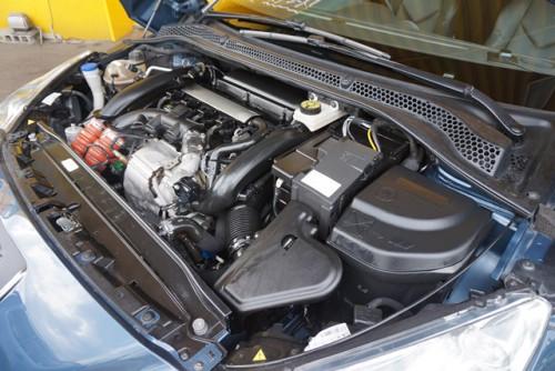 走りも楽しめる1.6Lターボエンジンモデルで、エンジン等の機関も良好です!!