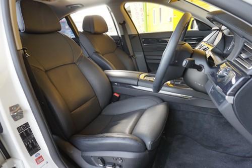 黒革エアシートの高級感のあるシートも必見です!!