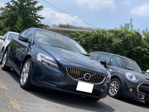 VOLVO V40 D4 Inscription ご納車